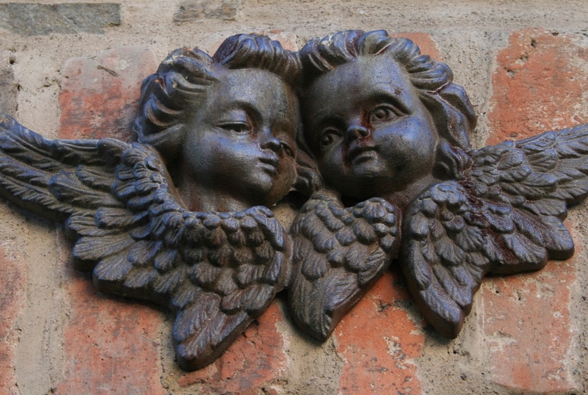 Two sculptures of angels