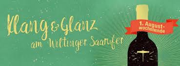 """The message """"Klang & Glanz"""" next to an illustration of a wine bottle"""